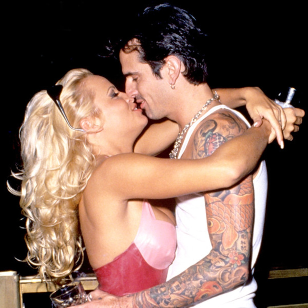 Naked Tommy Lee photo 8