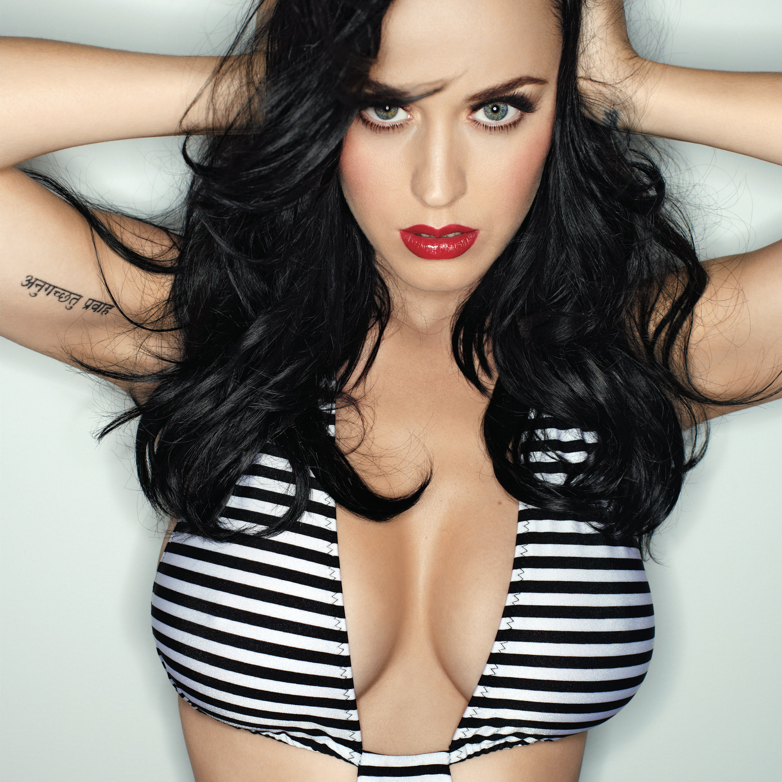 Kary Perry Tits photo 11
