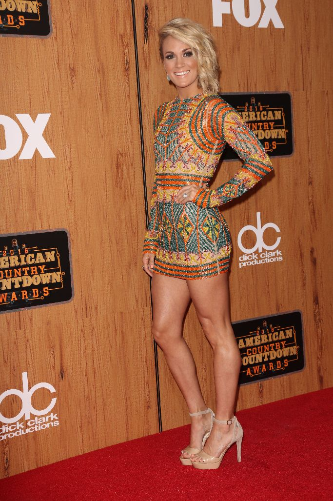 Carrie Underwood Naked Videos photo 28