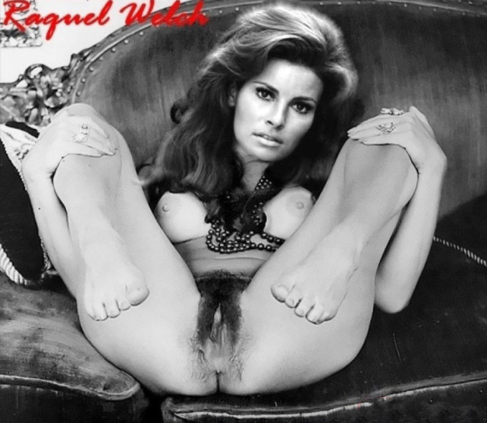 Raquel Welsh Naked photo 8