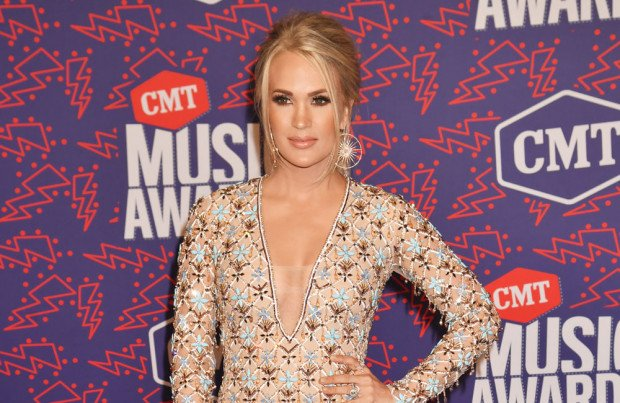 Carrie Underwood Naked Videos photo 5
