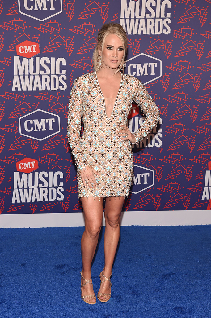 Carrie Underwood Naked Videos photo 16