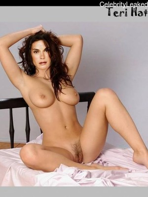 Terry Hatcher Naked photo 8