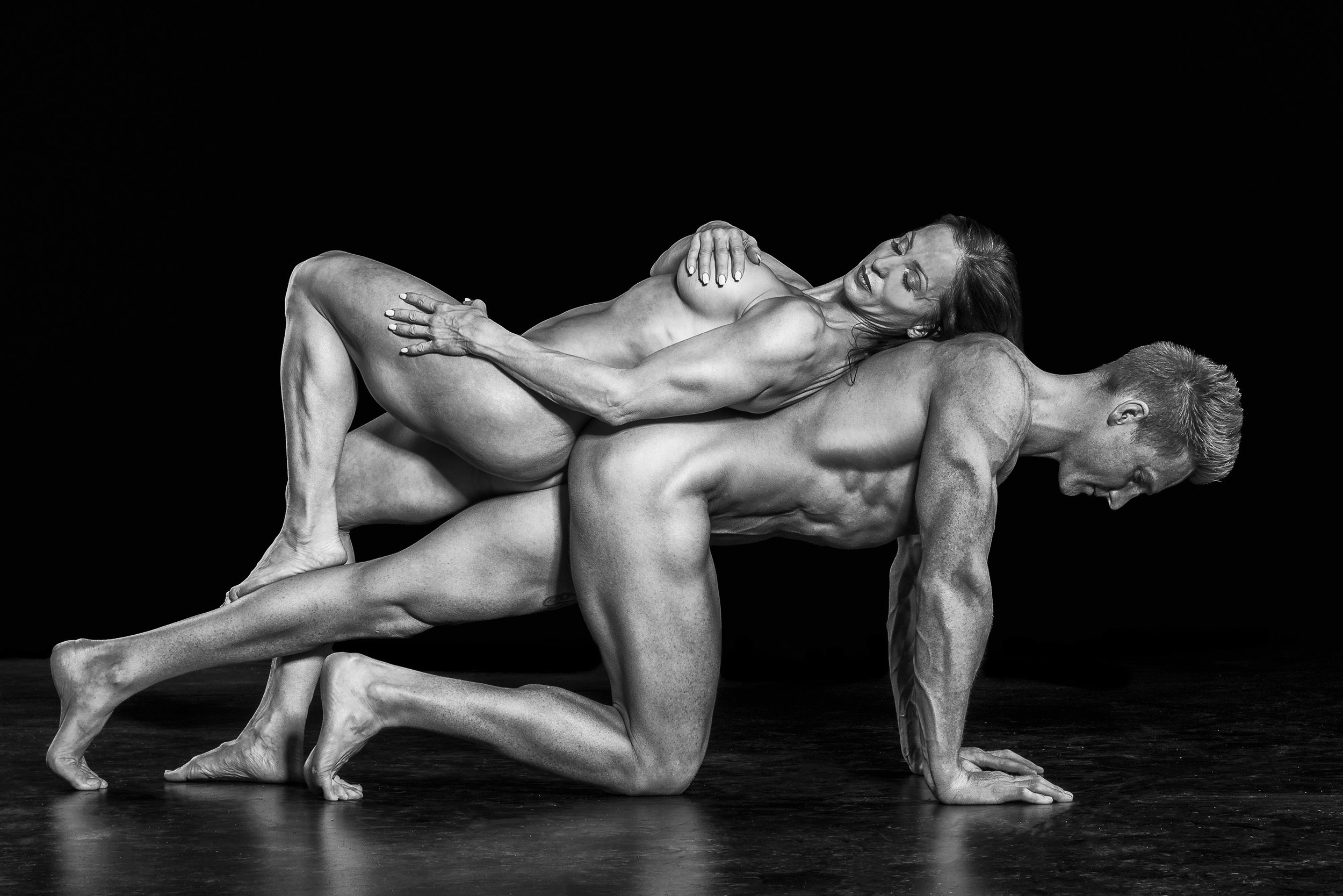 Nude Athletic Couples photo 1