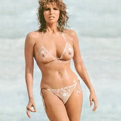 Raquel Welsh Naked photo 21