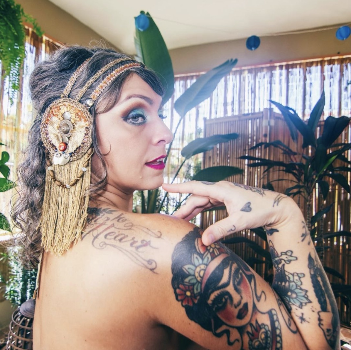 Danielle Colby Sexy Pictures photo 27