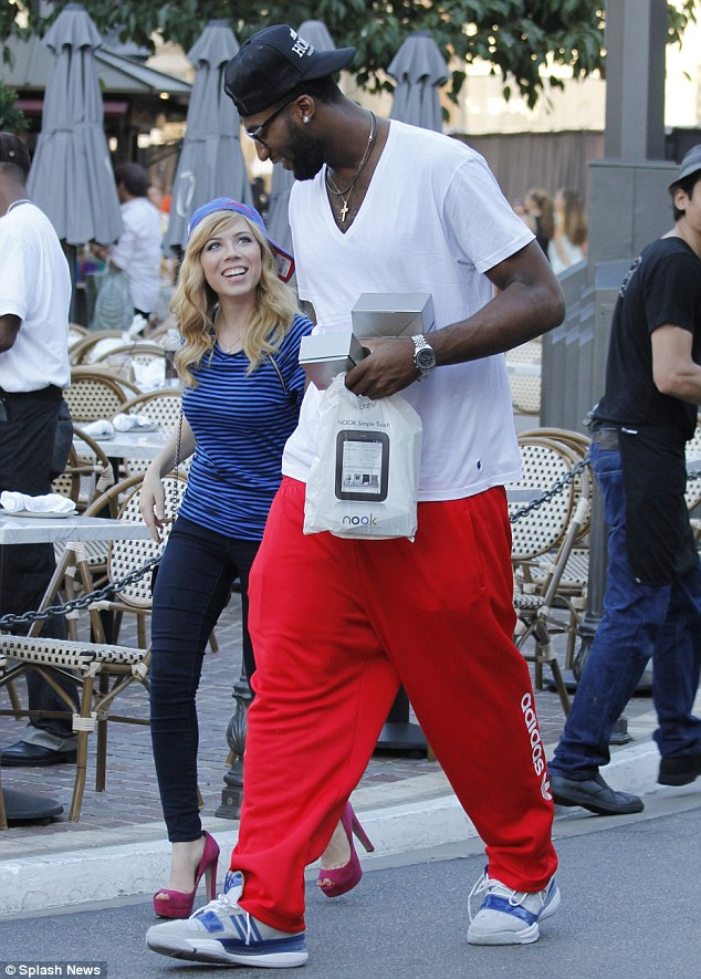 Jennette Mccurdy Thong photo 29