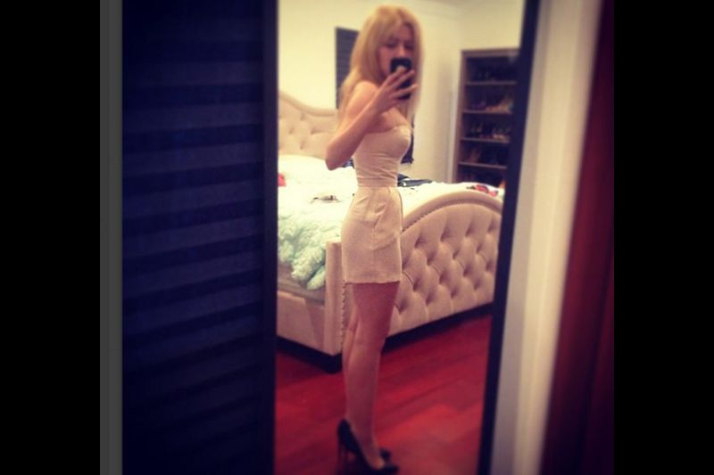 Jennette Mccurdy Thong photo 1