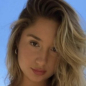 Why Is Savannah Montano Famous photo 6